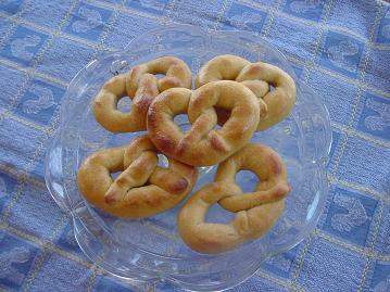 pretzels9sm.JPG