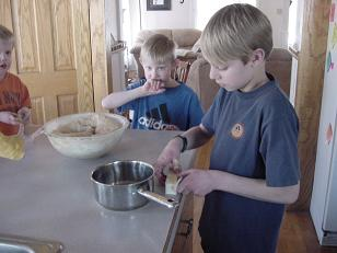 boysbreaddough8sm.JPG