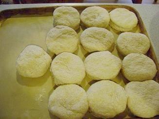 biscuits6sm.JPG