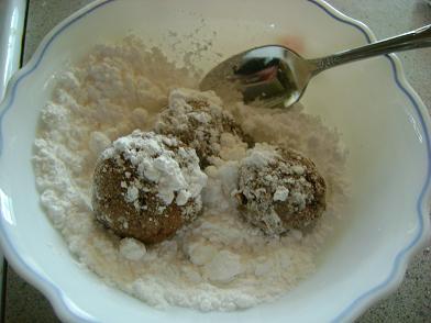 snowballcookies2sm.JPG
