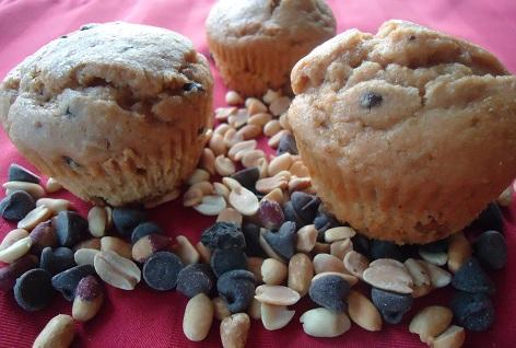 peanut_butter_cc_muffins_2