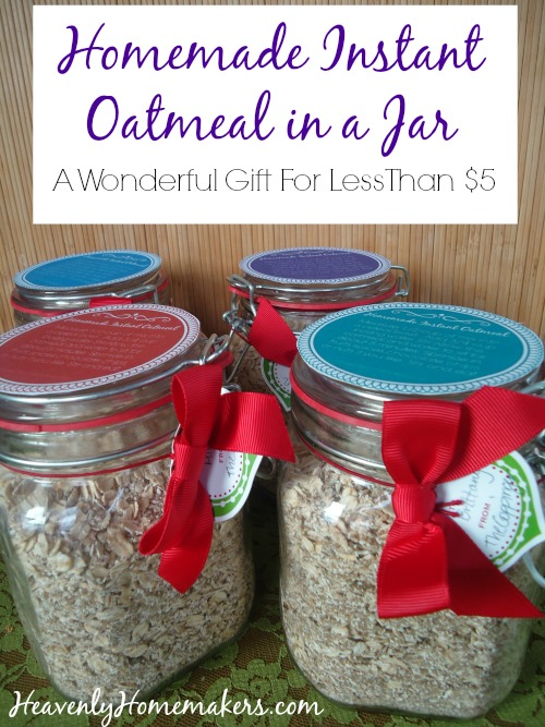 Homemade Instant Oatmeal in a Jar Gift Idea
