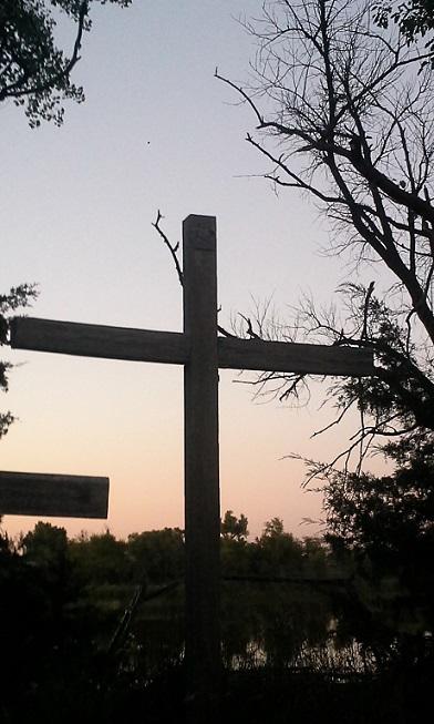 elias cross pic