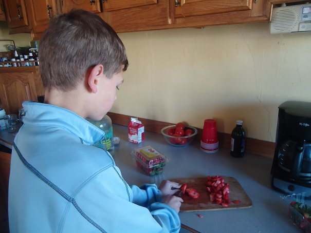 malachi cutting berries